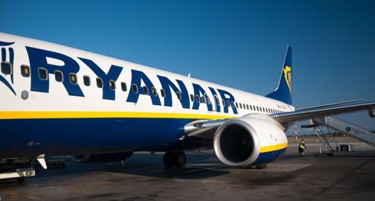 Ryanair to close selected bases next year