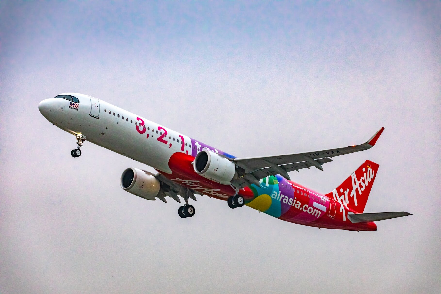 AirAsia reaffirms commitment for fleet migration to Airbus A321neo with conversion of remaining A320 orders